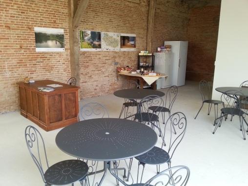 Salle d'accueil des lamas du parc, Château de Courcelles-sous-Moyencourt