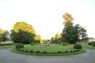 la grande allée du Château Lamas du Parc, Château de Courcelles-sous-Moyencourt