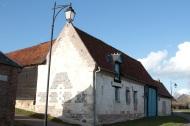 bâtisse du village Lamas du Parc, Château de Courcelles-sous-Moyencourt