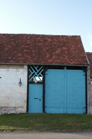 porte originale au village Lamas du Parc, Château de Courcelles-sous-Moyencourt